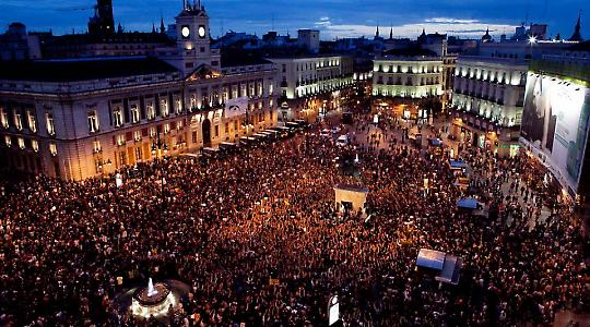 Proteste an der Puerta del Sol am späten Dienstagabend