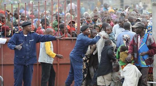 Humanitäre Hilfe in Kongo 2008 <br/>Foto von Julien Harneis