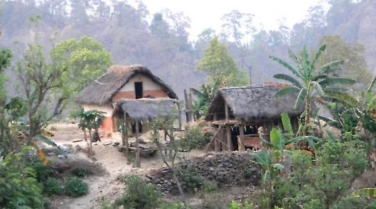 Auf dem Weg in die Berge Nepals
