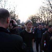 Polizist filmt Demonstration in Minsk <br/>Foto von greenchild