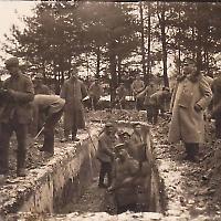 Schützengraben im Ersten Weltkrieg