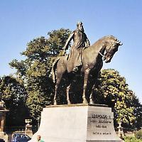 Verehrung eines Verbrechers: Statue von König Leopold II in Brüssel