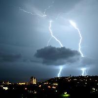 Letzter Ausweg: Blitz und Donner über Durban