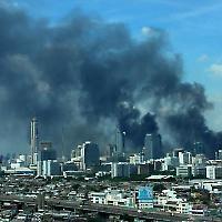 Bangkok unter Feuer <br/>Foto von Patrn