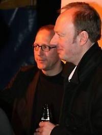 Martin Sonneborn (rechts neben Thomas Gsella) will die Wahl anfechten <br/>Foto von Roland Popp